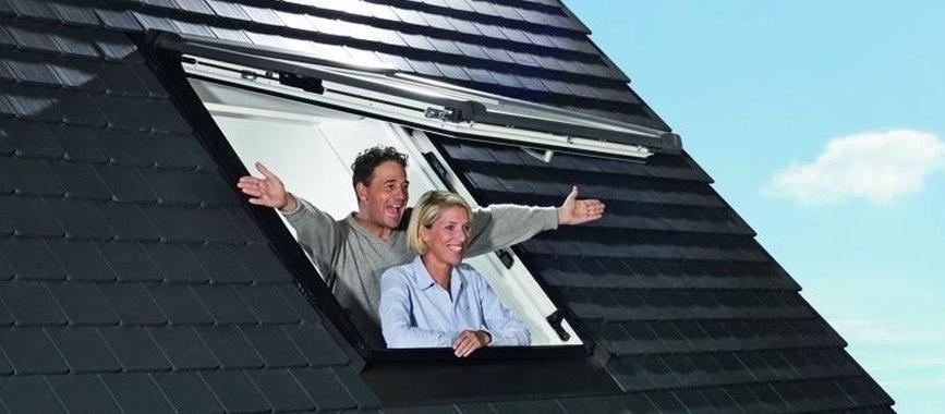 r8 klapp schwingfenster dachfenster roto store at. Black Bedroom Furniture Sets. Home Design Ideas