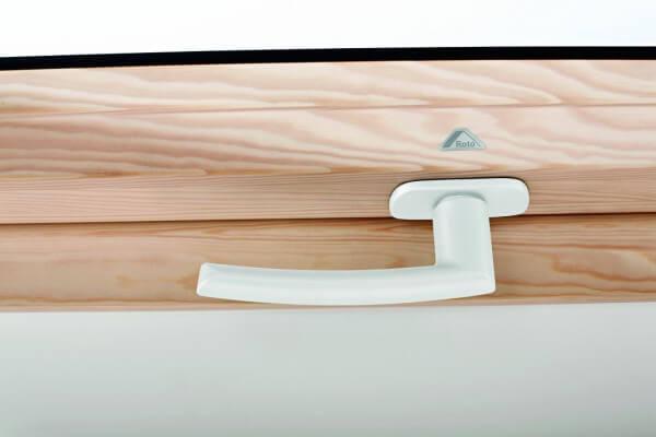 Roto Designo Standardgriff in weiß für R6/R8 aus Holz